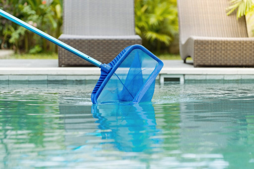 Pool Sweeping Cleaning in Fresno